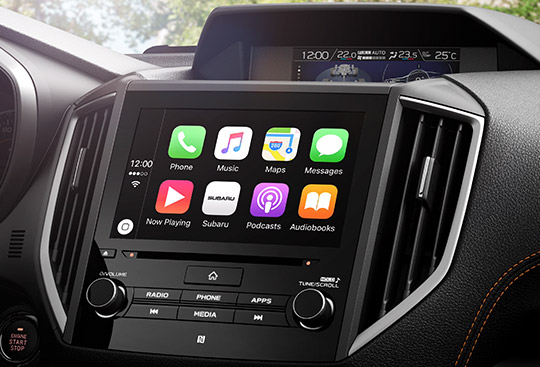 Apple CarPlay<sup>*2</sup> and Android Auto™<sup>3</sup>