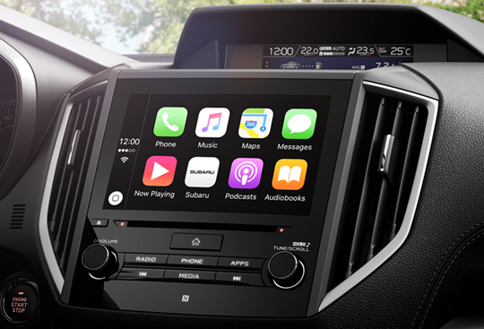 Apple CarPlay <sup>*(1)</sup> and Android Auto™ <sup>*(2)</sup>